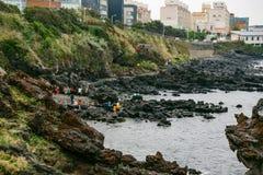 Roca de Yongduam (Dragon Head Rock) Jeju, Corea del Sur Fotos de archivo libres de regalías
