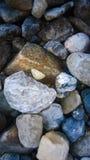 Roca del fondo seca en una cama de río del glaciar Fotografía de archivo libre de regalías