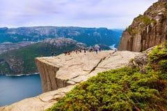 Roca del púlpito de los predicadores en el fiordo Lysefjord - Noruega Fotografía de archivo libre de regalías
