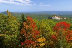 Roca del vidrio de mirada en otoño Foto de archivo