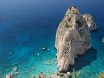 Roca en el mar 7 Imagenes de archivo