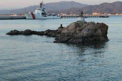 Roca en el puerto Fotografía de archivo