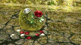 Roca en forma de corazón con las rosas rojas y blancas sobre un fondo con las rocas Imágenes de archivo libres de regalías