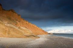 Roca en la costa del mar Fotos de archivo