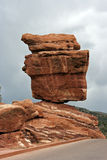 Roca equilibrada en Colorado Springs Fotografía de archivo