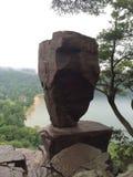 Roca equilibrada en el parque de estado del lago devils Imagenes de archivo