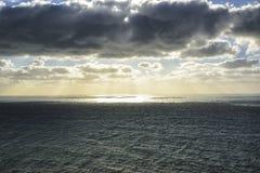 roca för caboda portugal Sikt av Atlanten från klippan på s Arkivfoto