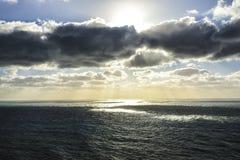 roca för caboda portugal Sikt av Atlanten från klippan på s Royaltyfri Foto