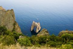 Roca famosa de la puerta de oro en el nacional de Karadag Fotos de archivo libres de regalías
