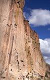 Roca grande en cuevas antiguas Imagenes de archivo