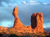 Roca II del balance - parque de Nat'l de los arcos Imagen de archivo libre de regalías