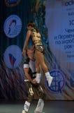 Roca-n-rollo acrobático Foto de archivo libre de regalías