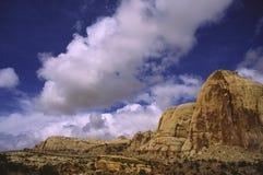 Roca roja en el parque nacional del filón del capitolio, Utah Imagen de archivo