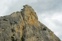 Roca roja - lugar para la acopio de los roca-escaladores Imagen de archivo libre de regalías