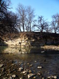 Roca sobre el río Foto de archivo libre de regalías