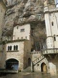 Rocamadour в скалах Стоковое Фото