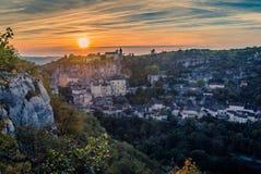 Rocamadour på solnedgången Arkivbild