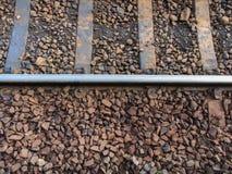 Rocas ígneas en los carriles Fotografía de archivo