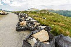 Rocas airlifted para reparar el sendero en Snowdon Fotografía de archivo libre de regalías