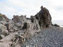 Rocas basálticas 2017 de Islandia Londrangar Imagen de archivo libre de regalías