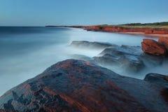 Rocas brumosas Foto de archivo libre de regalías