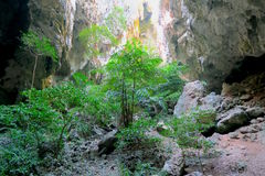 Rocas cerca de la cueva de Phraya Nakhon Imagen de archivo