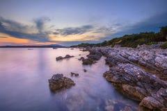 Rocas costeras en la isla de Cres Fotografía de archivo libre de regalías