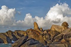 Rocas de la abuela y del abuelo - Samui en la playa Thailan de Lamai Imagen de archivo libre de regalías