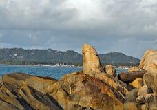 Rocas de la abuela y del abuelo - Samui en la playa Thailan de Lamai Fotografía de archivo