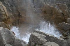 Rocas de la crepe de Nueva Zelanda I Imagen de archivo