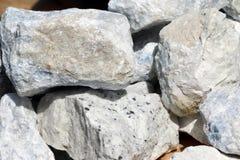 Rocas de la dolomía Fotos de archivo libres de regalías
