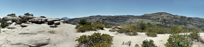 Rocas de la montaña fotografía de archivo libre de regalías