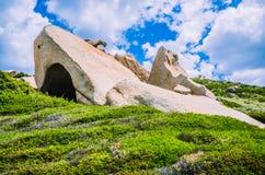Rocas de la piedra arenisca de Costa Serena, Cerdeña, Italia Fotos de archivo libres de regalías