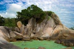 Rocas de la playa de Lamai fotografía de archivo