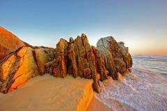 Rocas de la salida del sol foto de archivo