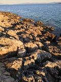 Rocas del mar imagen de archivo
