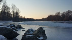 Rocas del río Imágenes de archivo libres de regalías
