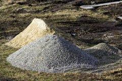 Rocas del sitio de la construcción y pila industriales de la arena imágenes de archivo libres de regalías