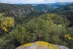 Rocas del teplice de Adrspach Fotos de archivo