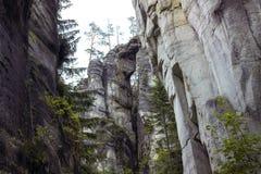Rocas del teplice de Adrspach Imágenes de archivo libres de regalías