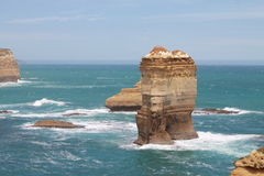 Rocas en el mar Imágenes de archivo libres de regalías