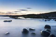 Rocas en la costa Imagen de archivo libre de regalías