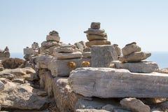 Rocas en pilas verticales Fotos de archivo libres de regalías