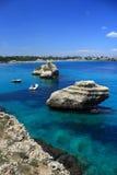 Rocas en un mar Fotografía de archivo libre de regalías