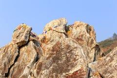Rocas grandes en Mulakandha Kuti Foto de archivo libre de regalías