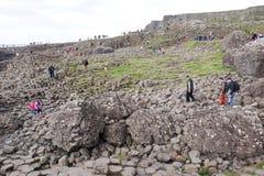 Rocas mojadas en el terraplén de Giants Fotografía de archivo