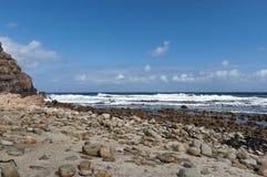 Rocas pasadas de Cabo de Buena Esperanza Fotos de archivo libres de regalías
