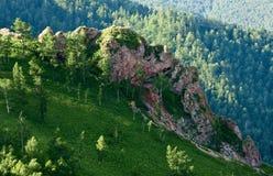 Rocas rojas en la ladera Imagenes de archivo