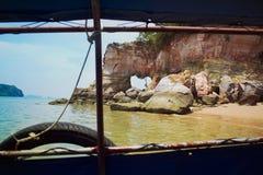 Rocas rosadas en la provincia de Krabi Imagenes de archivo