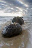 Rocas sedimentarias formadas en un cierto plazo en Nueva Zelanda Fotografía de archivo